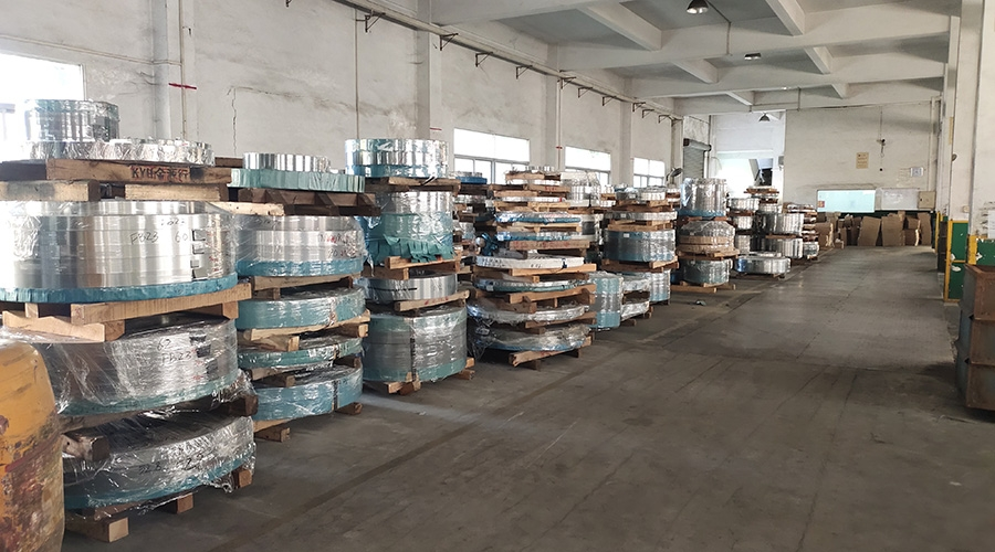 Warehouse display (2)